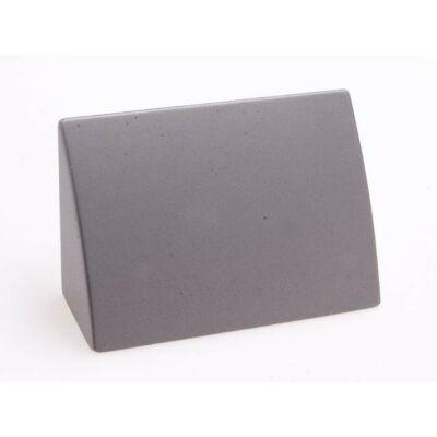Fogantyú, matt króm színű, lyuktáv:32 mm