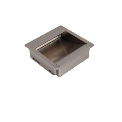 Fogantyú, galvanizált nikkel színű, lyuktáv:32 mm